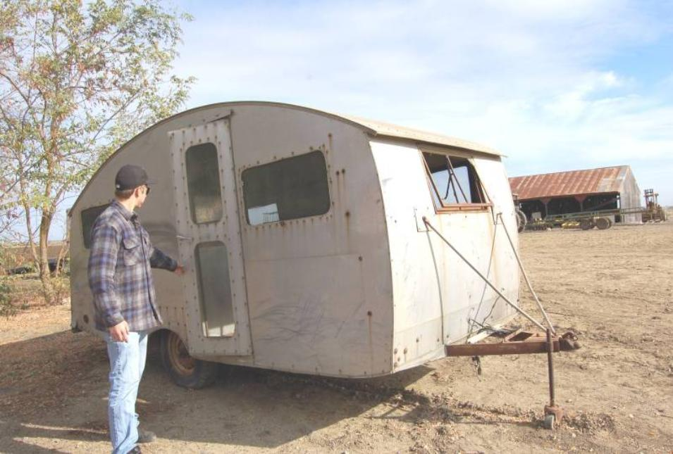 Sierra Trailer Restoration 1946 Curtis Wright Sportsman